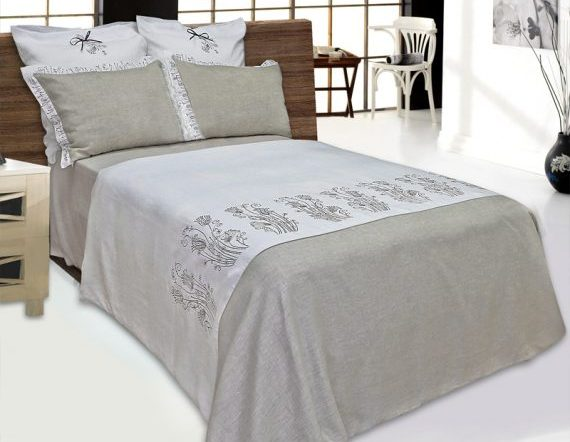 Bed linen with embroidery